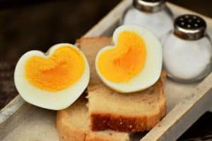 Eggs: Food that provides healthy, cheap protein sources