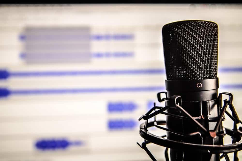 Podcast mic set up