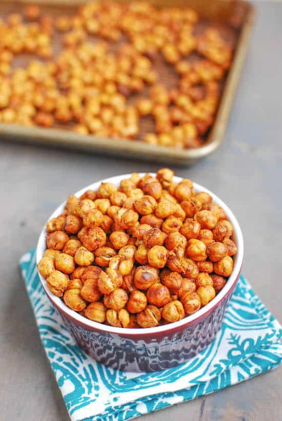 Vegan meal prep snack ideas: roasted chickpeas